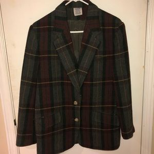 Plaid blazer size 9